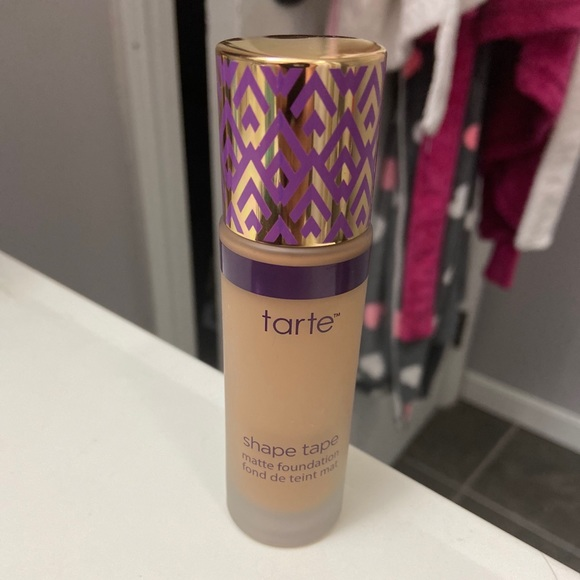 tarte Other - Tarte shape tape foundation